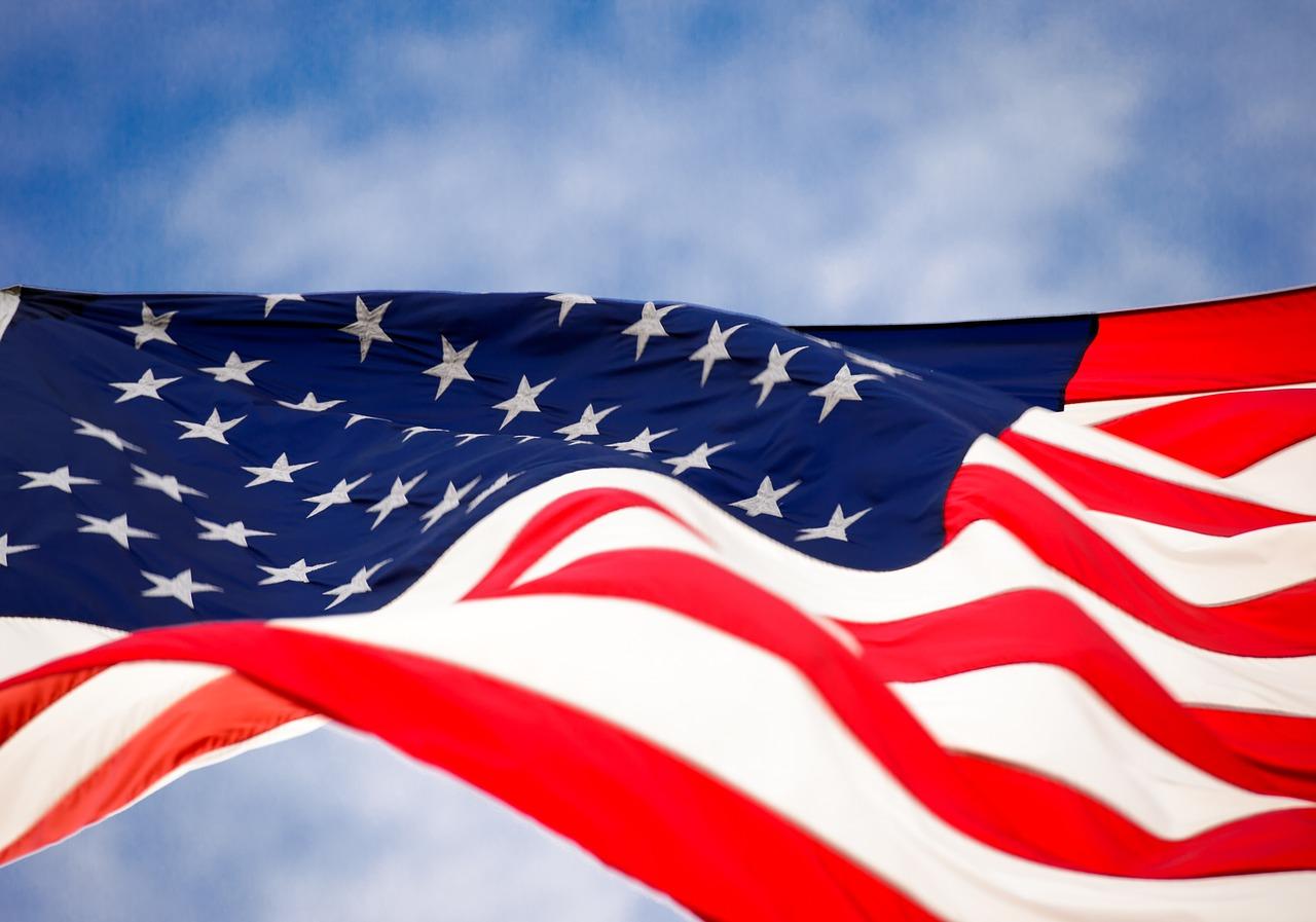 Kontrakty rządowe USA w Polsce. Jak zarabiać pracując dla Armii USA.